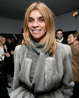 http://fmdsblog.files.wordpress.com/2010/12/carine_roitfeld2.jpg